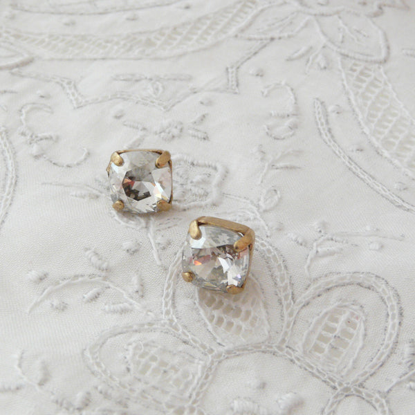 La Vie Parisienne Shade Post Earrings