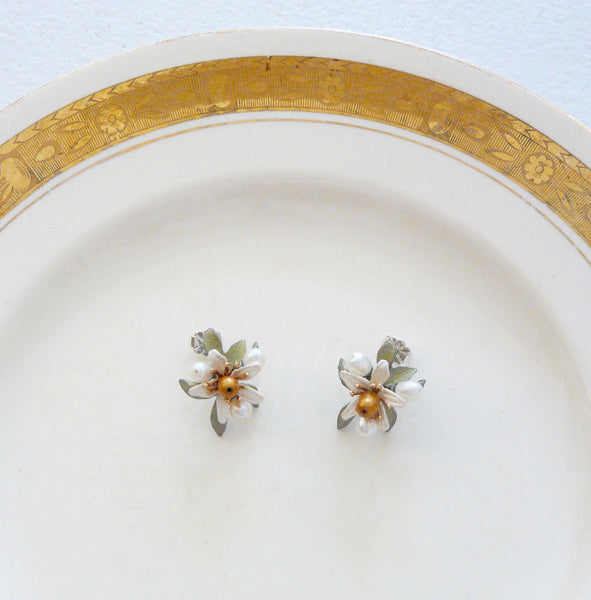 The Botanical Garden Orange Blossom Earrings - Lily Beaufort