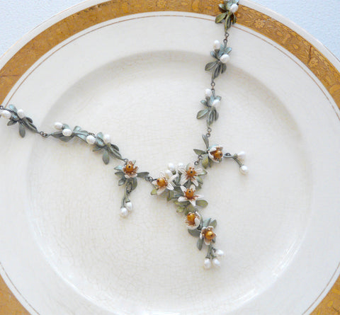 The Botanical Garden Orange Blossom Necklace - Lily Beaufort