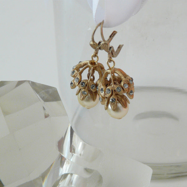 Parisienne Pearl Blossom Earrings - Lily Beaufort