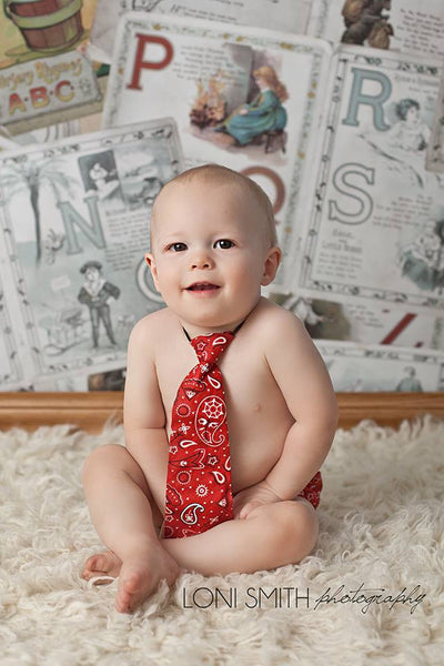 Red Pattern Tie and Diaper Cover Set