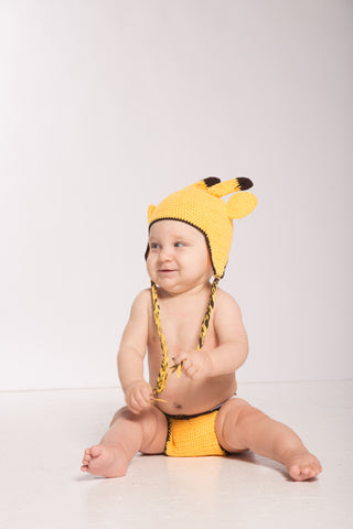 Yellow Giraffe Crochet Set: Beanie and Diaper Cover for Infants and Babies