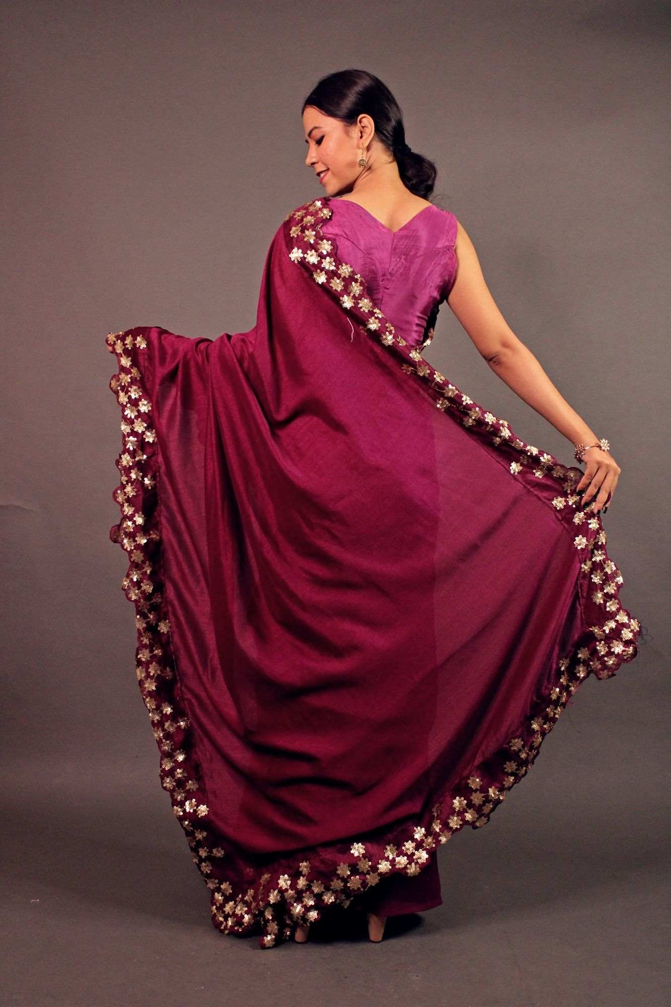 Pinkish georgette wrap in 1 minute saree