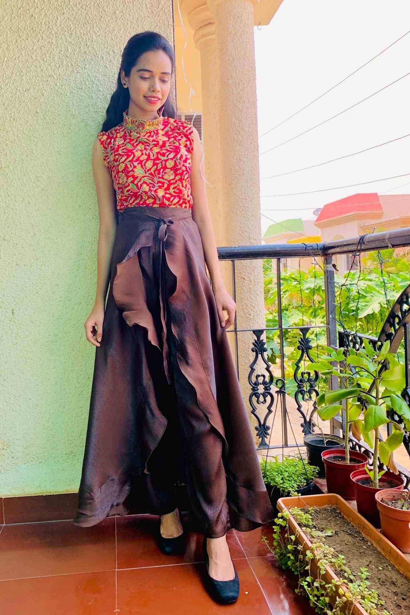 Classy & comfy brown apple silk pant skirt