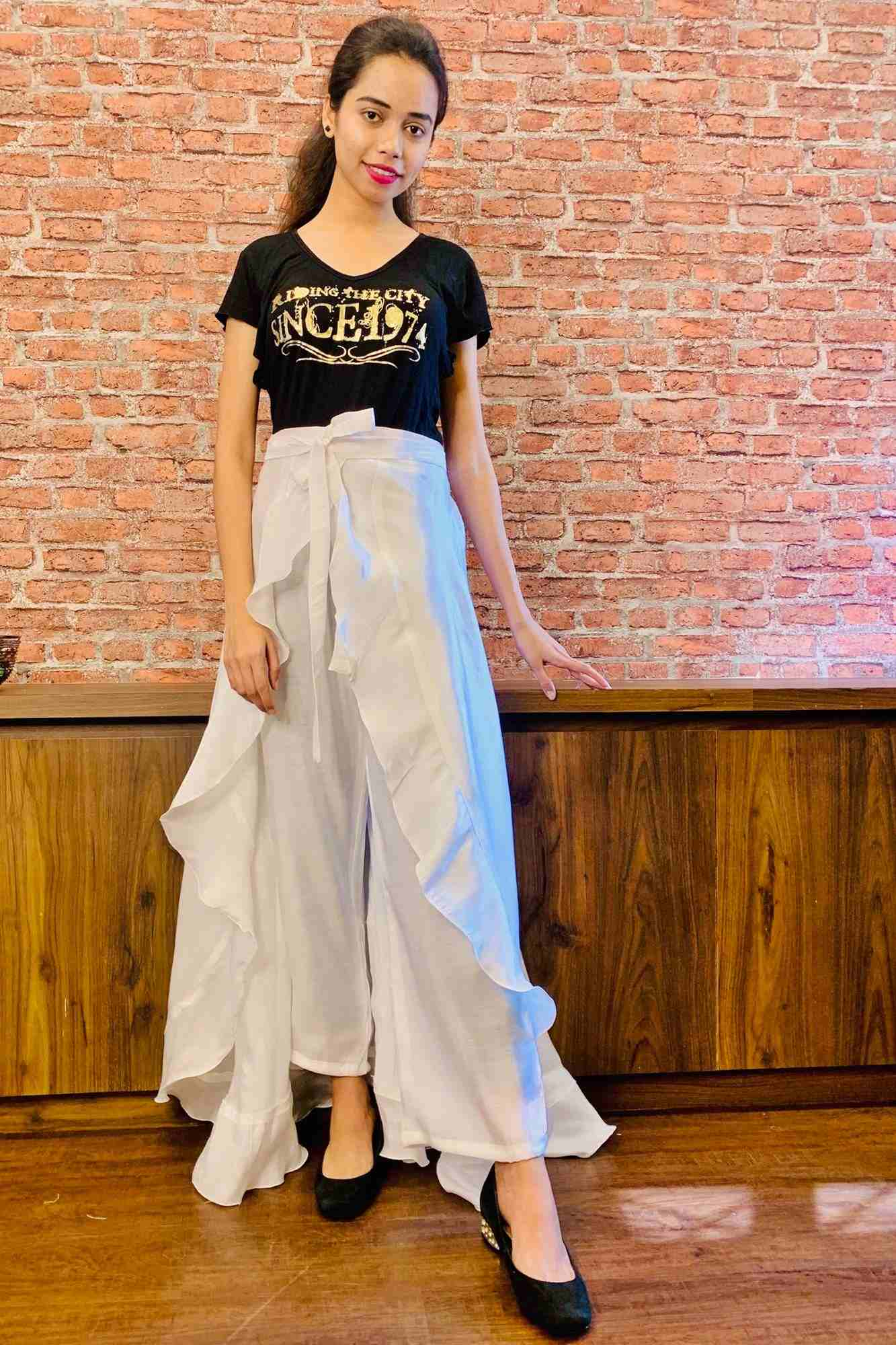 Stylish & comfy white apple silk pant skirt