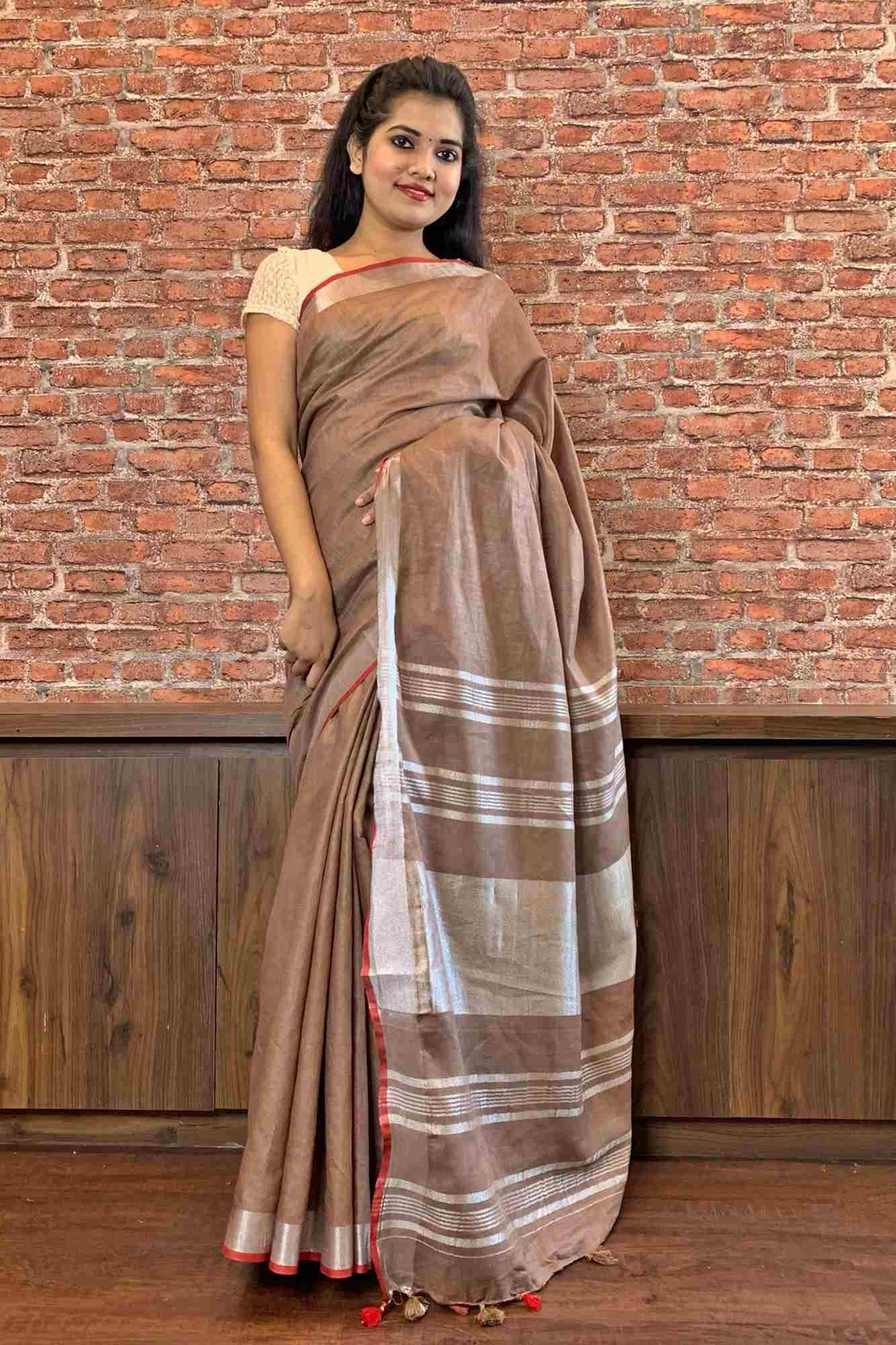 Beautiful Linen wrap in 1 min sari with tinge of red