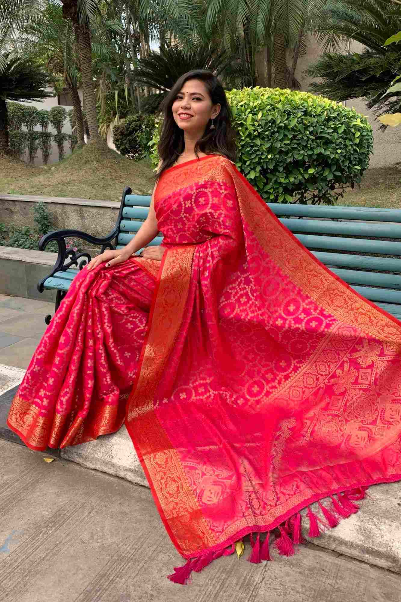 Exquisite soft jacquard woven wrap in 1 minute saree with tassels in pallu