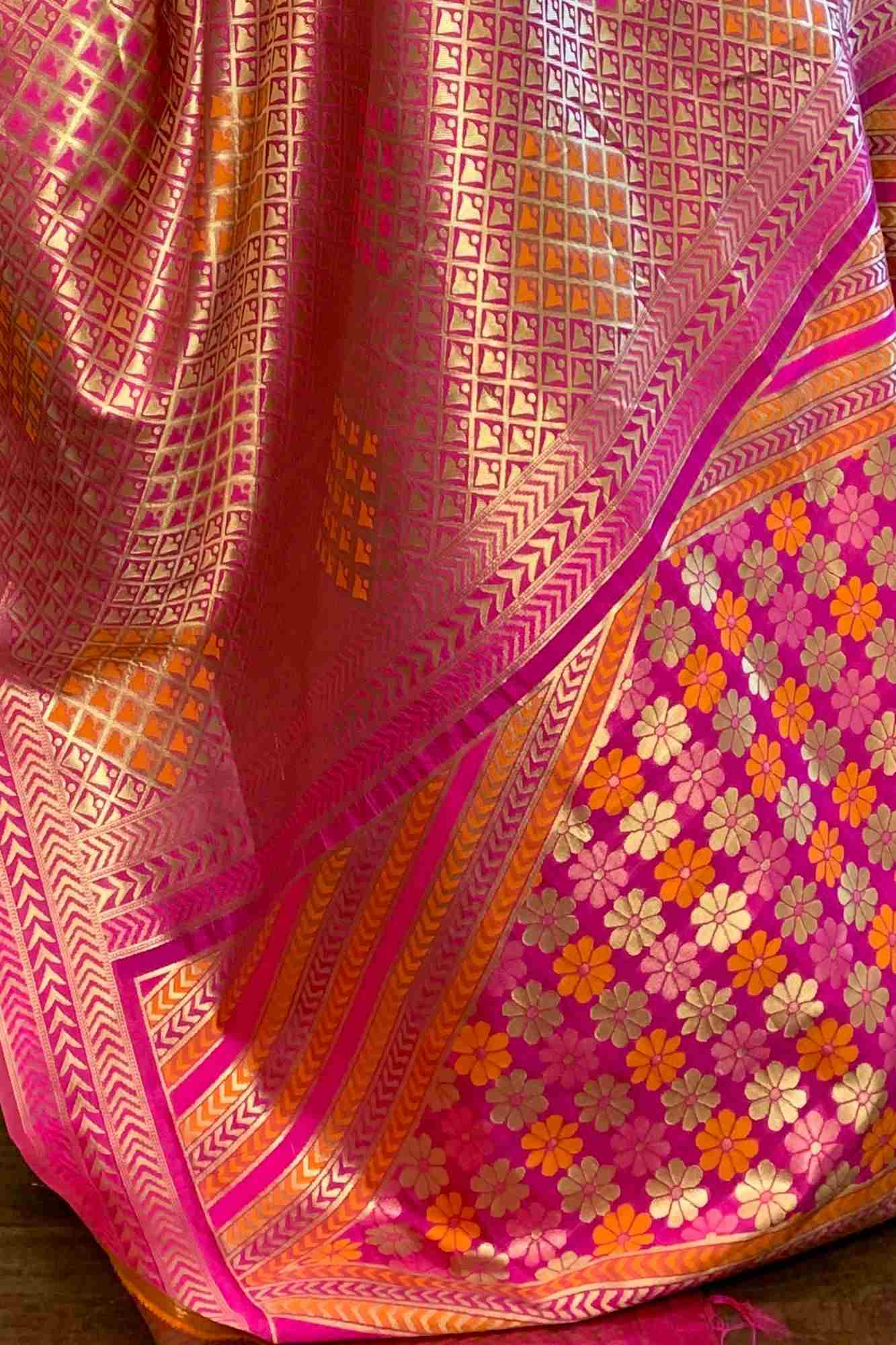 Zari woven banarasi wrap in 1 minute saree - only prepaid orders