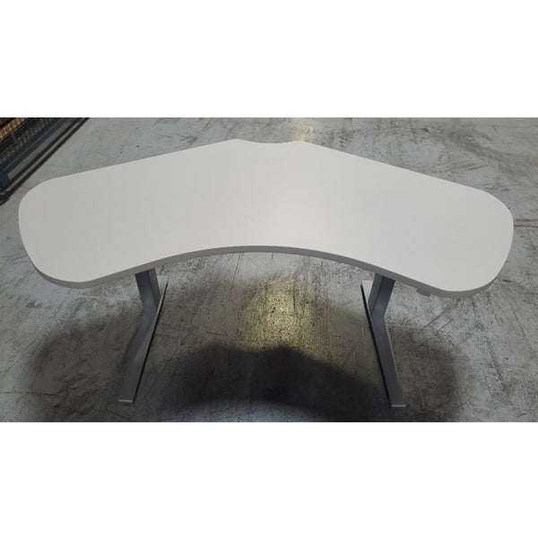 120 Degree Height Adjustable Table