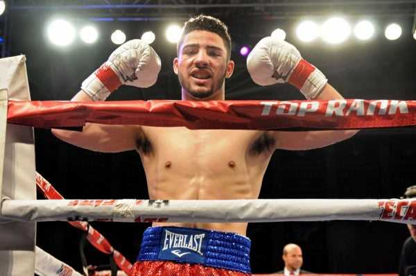 "Elite Lifestyle Cuisine Signs Undefeated Boxer Julian ""Hammer Hands"" Rodriguez"