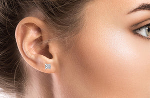 Boucles d'oreilles en or 14 carats avec diamants - Taxes incluses - 72% de rabais