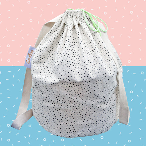 UP DUFFLE! TOTE