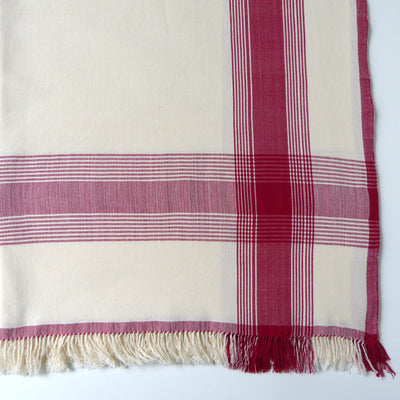 Queen Ivory and Red throw
