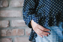 Load image into Gallery viewer, Blue Navy Printed Blouse