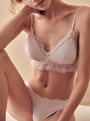 brandnewer - Lacy Comfortable Bra and Brief Lingerie Set