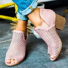 Load image into Gallery viewer, Womens fashion wedge heel open toe casual sandals.  Tacón corrido de mujer dedo abierto estilo casual.