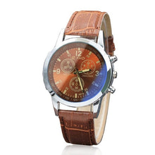 Load image into Gallery viewer, Handsome mens fashion watch, quartz movement, two tone face, leather band.  Reloj para hombre elegante, ejecutivo con movimiento cuarzo, fondo de color combinado.