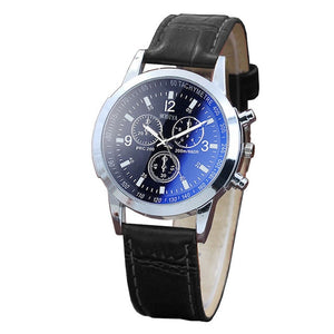 Handsome mens fashion watch, quartz movement, two tone face, leather band.  Reloj para hombre elegante, ejecutivo con movimiento cuarzo, fondo de color combinado.