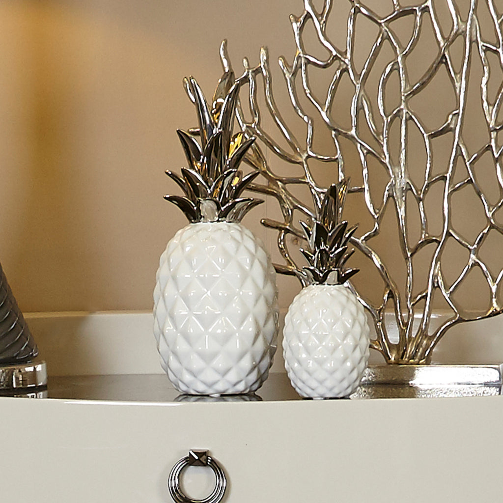 Small White Pineapple Decoration