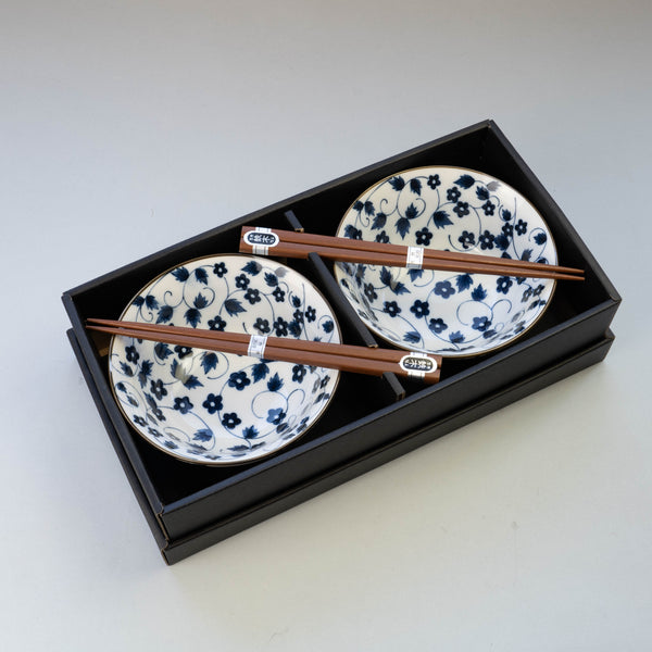Hana Karakusa Bowl and Chopsticks Set