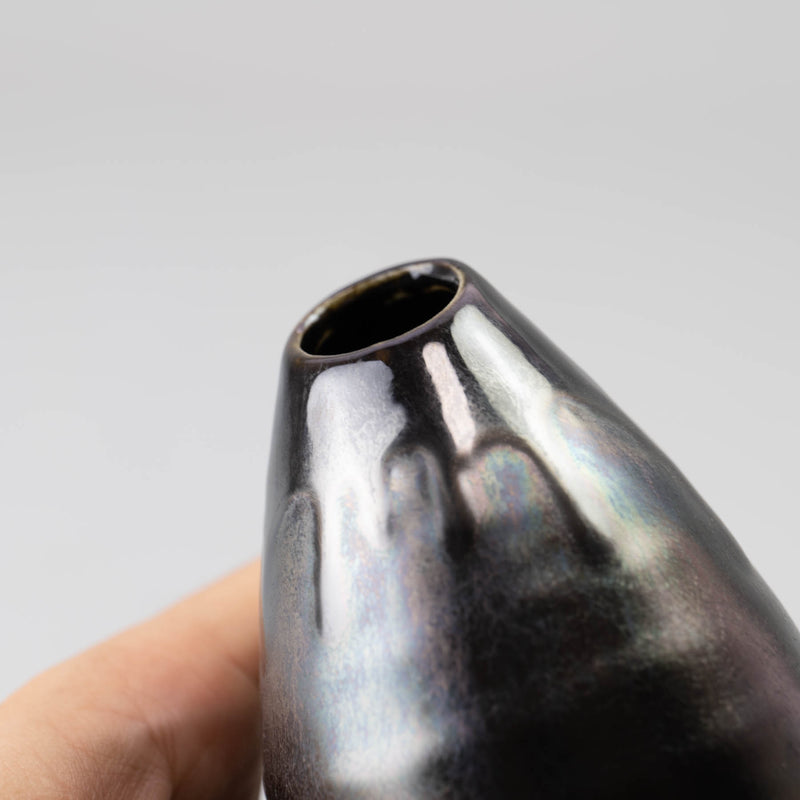 IRON KESSHO Tear Drop Vase