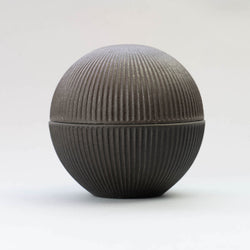 KOKUTAN Shinogi Lidded Bowl