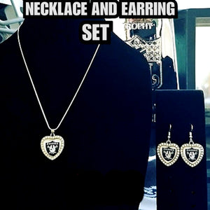 RAIDERS LADY NECKLACE AND EARRING SET
