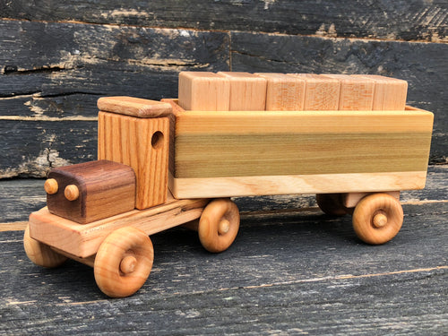 Wooden Heavy Hauler