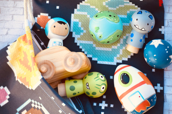 Astronaut Playset of 6 & Wooden Car