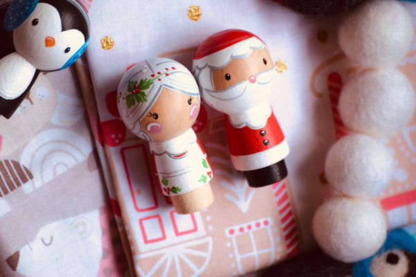 Santa & Mrs Clause Kokeshi Peg Doll