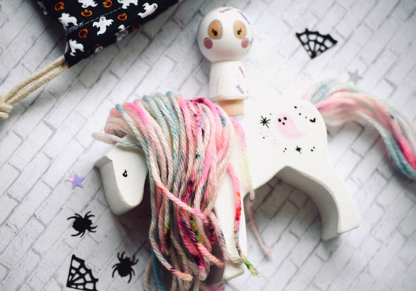 Little Boo Yarn Horse