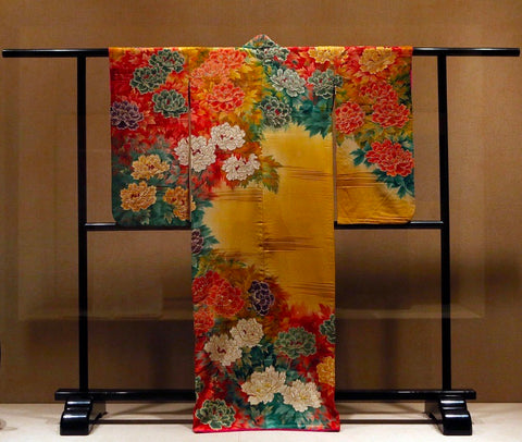 Antique Japanese Clothing & Textiles