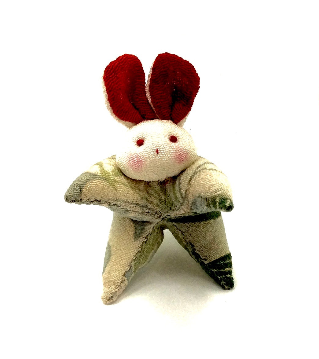 Japanese Chirimen Silk One-Of-A-Kind Brooch | Rabbit, (Usagi) Motif