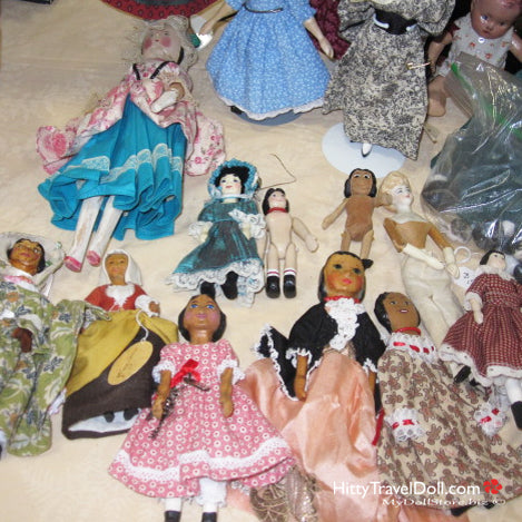 Hitty Dolls for sale at a Doll Show