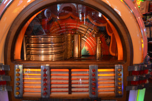 1947 Wurlitzer 1015 Bubbler Jukebox