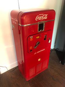1957 Coca-Cola Soda Machine