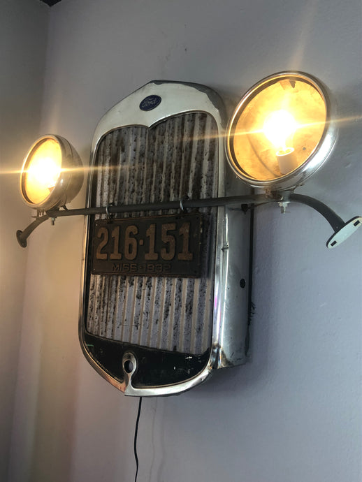 1932 Ford Grill Light