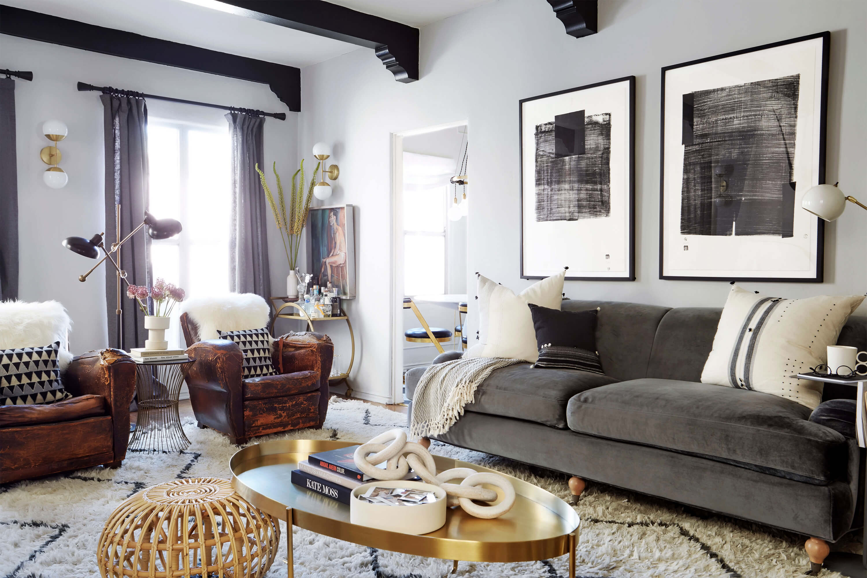 How to decorate a living room – Diamond Art Home