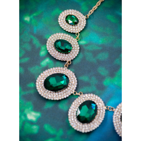 BE SEEN IN GREEN STATEMENT NECKLACE