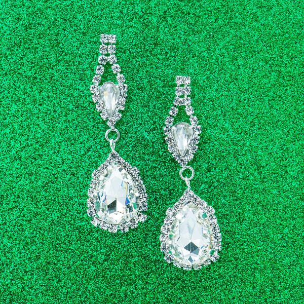 SNOW SPARKLE STATEMENT EARRINGS