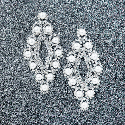 SNOW PRINCESS STATEMENT EARRINGS