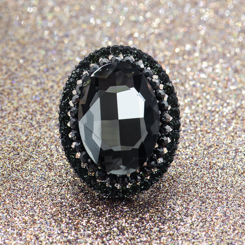 SMOLDERING GLAMOUR STATEMENT RING
