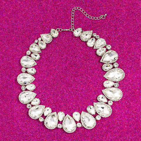 LIKE A QUEEN STATEMENT NECKLACE (CLEAR)