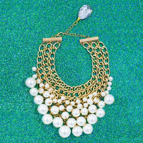 PARTY PEARL STATEMENT NECKLACE (WHITE)