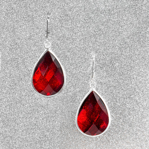 BLEEDING HEART STATEMENT EARRINGS