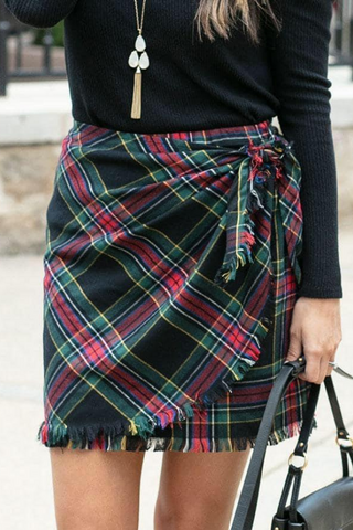 Grace & Lace Plaid Wrap Skirt (Black)