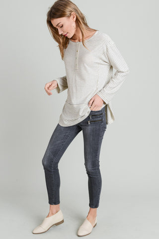 Relaxed Stripe Top with Front Buttons (Ivory/Black)