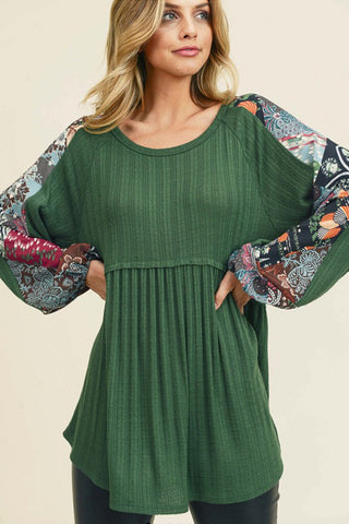 green ribbed raglan sleeve top