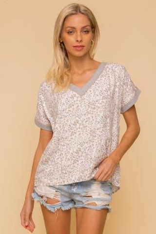 Back Button Down Detail Leopard V-Neck Woven Top (Grey)