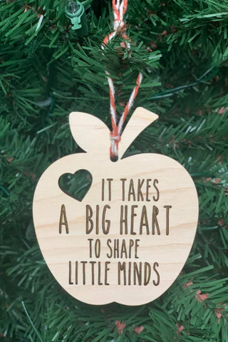 2020 big heart teacher ornament